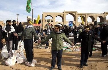 دفن شهدا در میدان امیرچخماق یزد